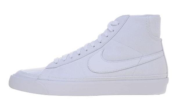 online store 3d378 9dab2 Un assaggio delle nuove Nike Blazer Mid in tela bianca!! Sicuramente una  scarpa per chi a ma le cose semplici, ma sempre ben fatte.